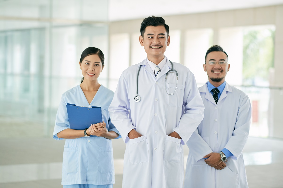 Healthcare professionals with Microsoft Teams
